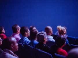 Guests won and satisfied through online marketing in the theatre as part of an organised tourist tour